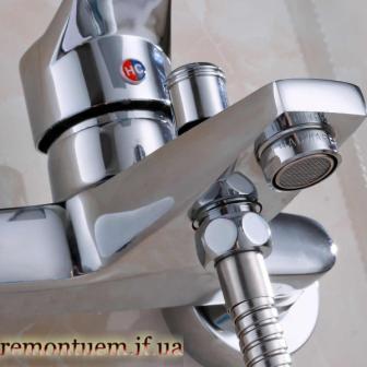 Монтаж змішувача у ванній Івано-Франківськ